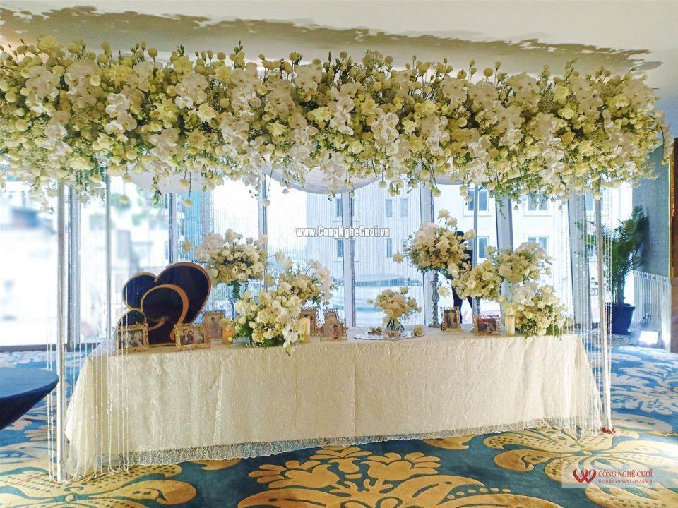 Tiệc cưới ca sĩ Bảo Thy và chú rể Phan Lĩnh